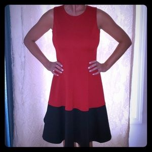 Flattering, structured CK dress. Size 6.